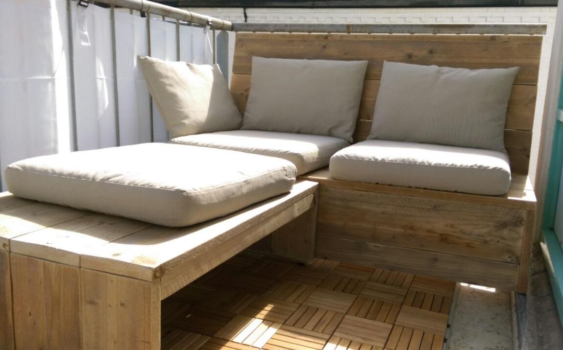 balkon loungebank van gebruikt steigerhout op eigen houtje. Black Bedroom Furniture Sets. Home Design Ideas