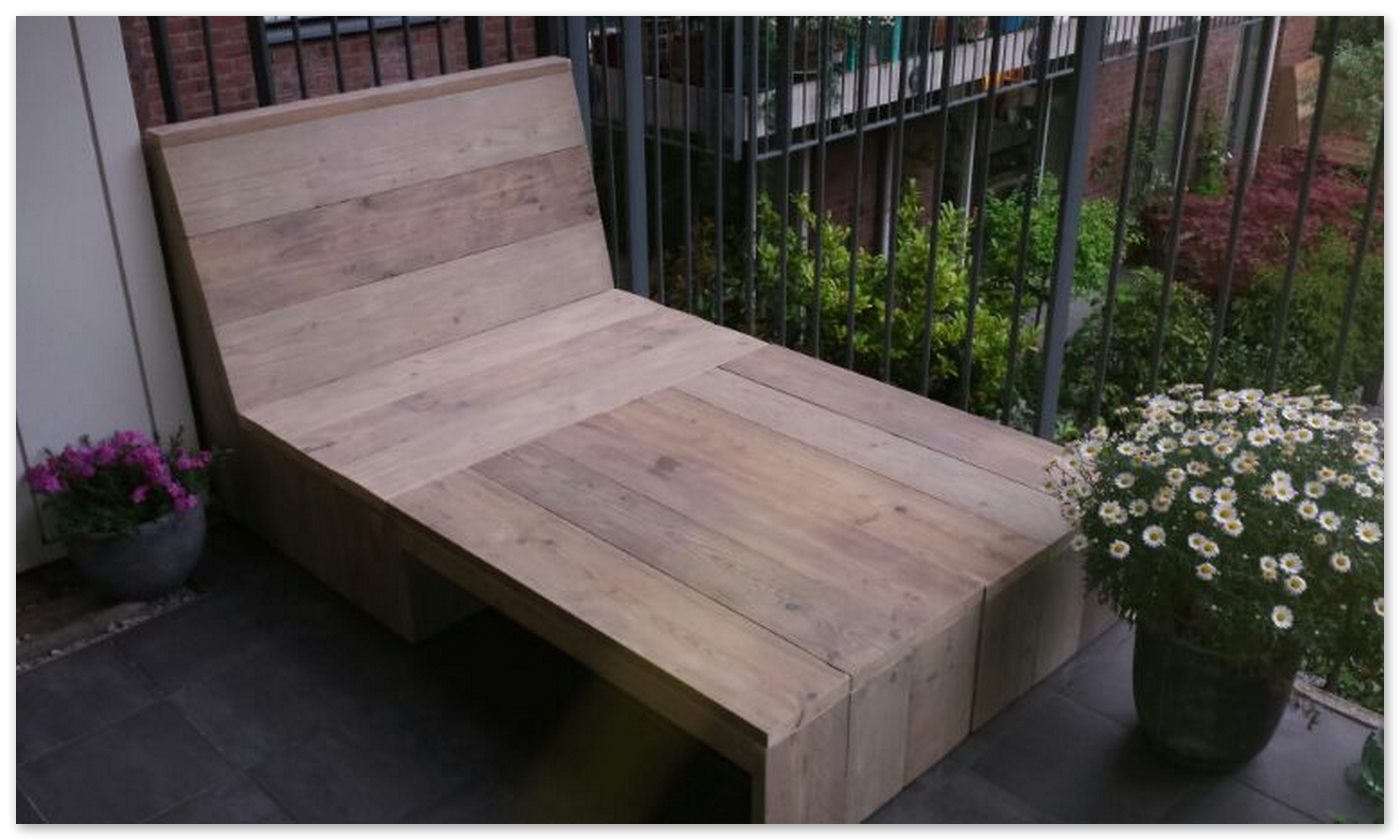balkon loungebank van gebruikt steigerhout-op eigen houtje meubels