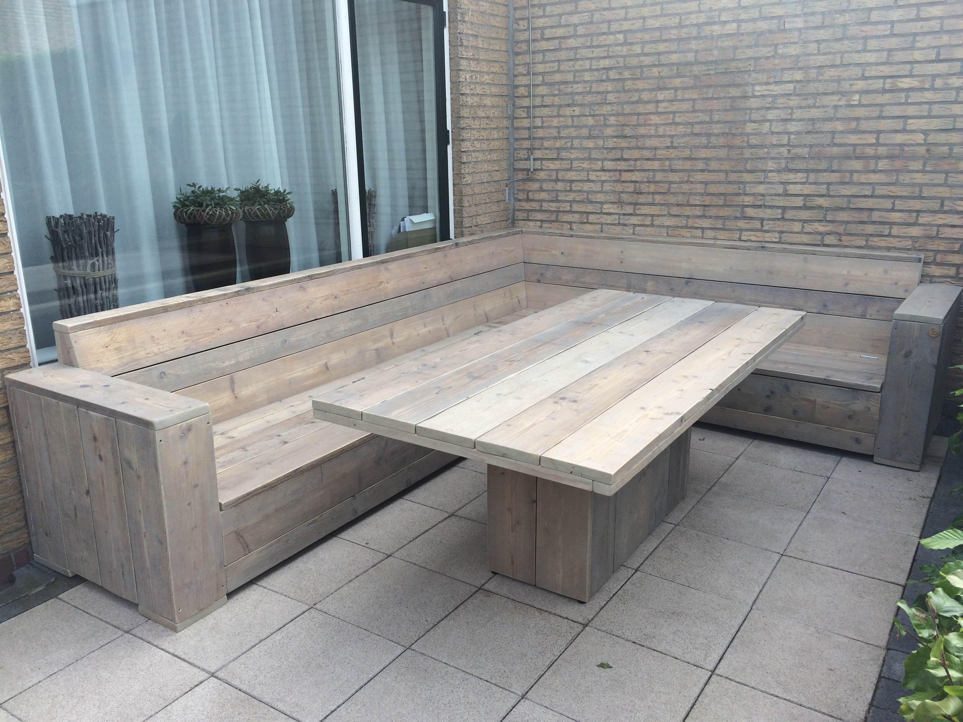 Lounge dining set van gebruikt steigerhout