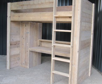 Kinderen archieven op eigen houtje meubels